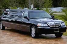 10 Passenger Lincoln Stretch Limousine
